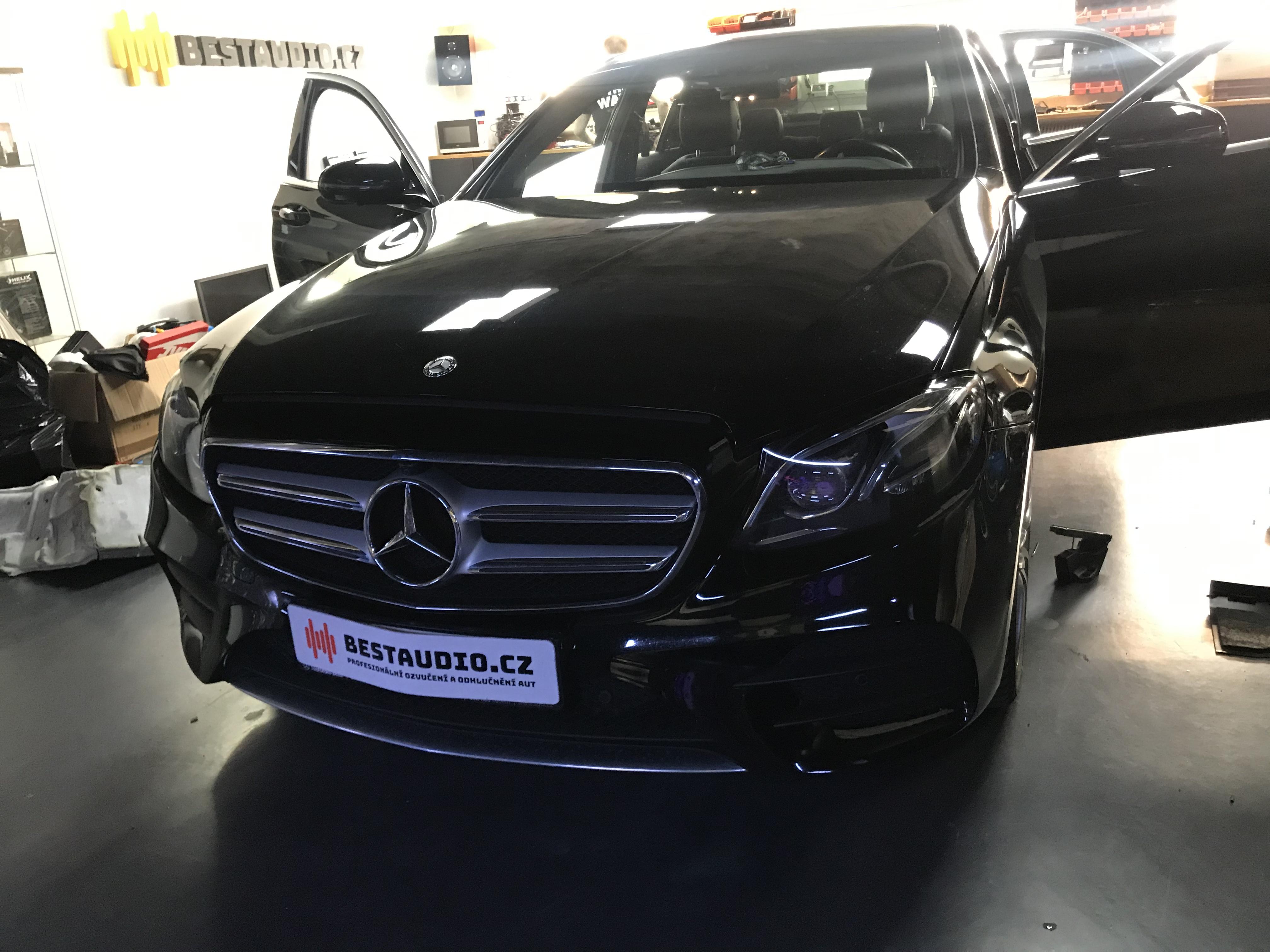 Mercedes E – kompletní výměna reproduktorů a subwooferů + instalace zesilovače s DSP