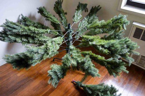 skladanie_vianocneho_stromceka