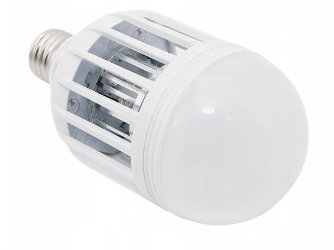 LED žárovka odpuzující komáry