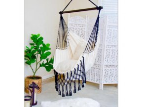 pol pl Wiszace bezowe krzeslo brazylijskie z czarnymi fredzlami LVF70R La Veranda zestaw swieczek GRATIS 14141 1