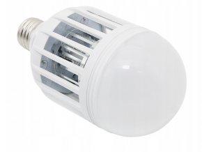 LED žiarovka odpudzujúca komáre