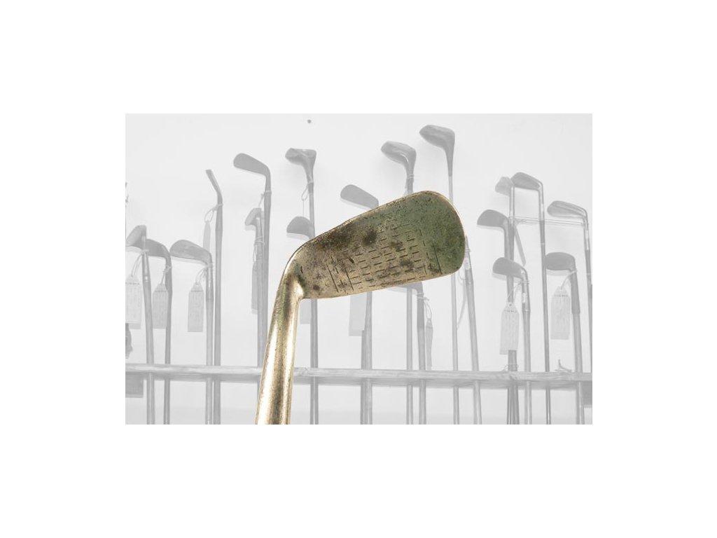Historické golfové železo