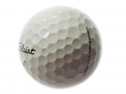 TITLEIST Pro V1X hraný míček - A