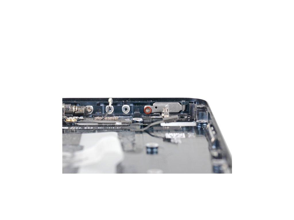 Servis iPhone 5C - Výměna tlačítka Power Button