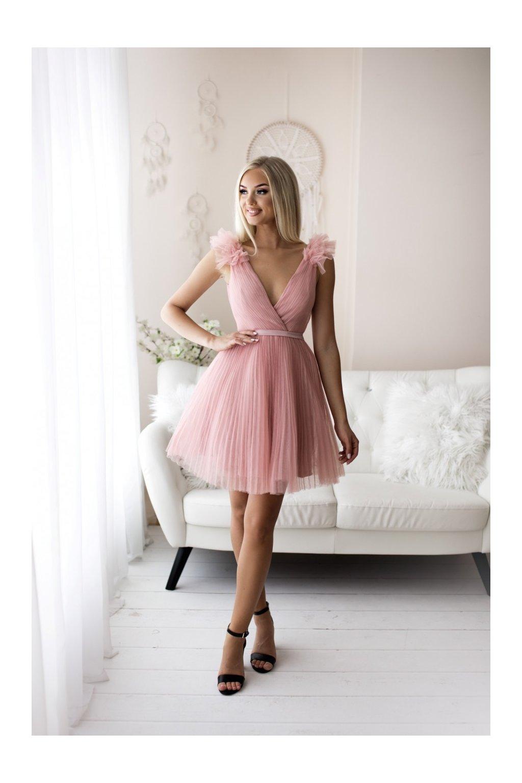 capucine pink