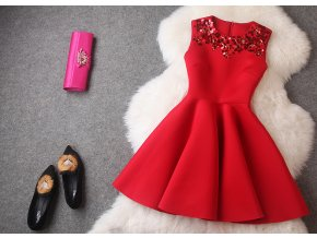 * 0000 Červené koktejlové šaty, S, M, L, XL