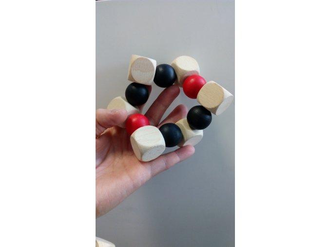 Kuličky do ruky černo-bílo-červené