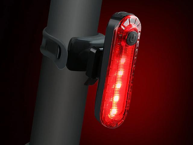 Baterky a světla na kolo
