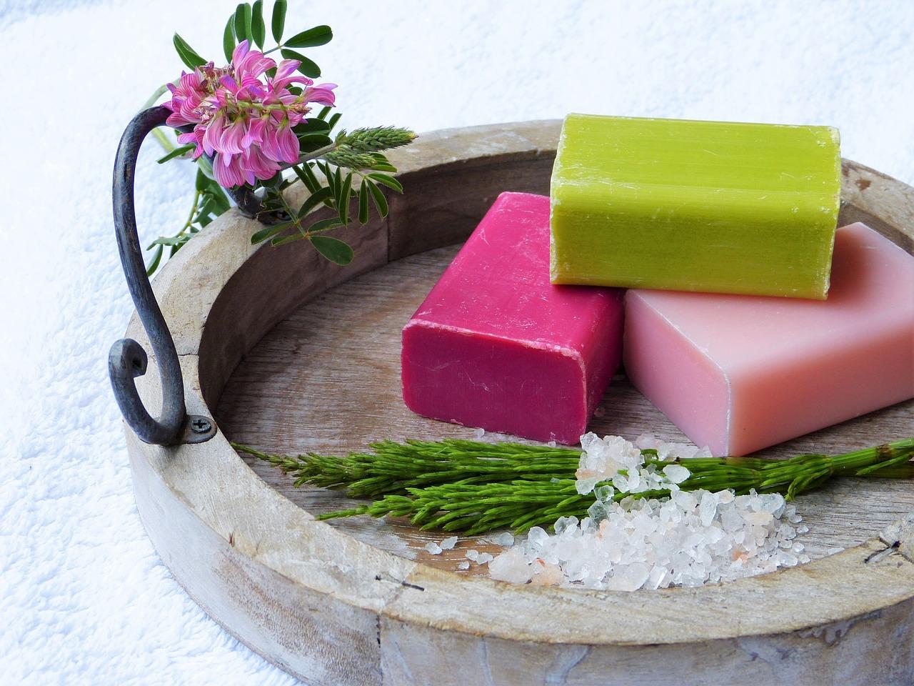 barevná mýdla