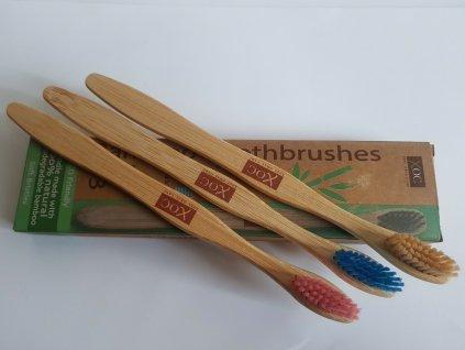 Sada bambusových zubních kartáčků 3 ks v kartonovém obalu 2