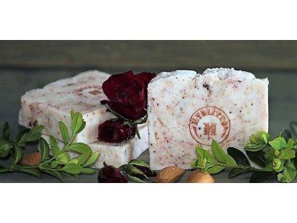 Růžové mýdlo (2)