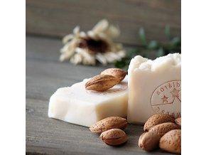 Mandlový šampon s kofeinem tuhý (2)
