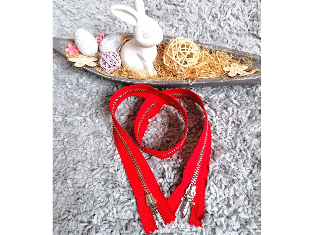 nedělitelný kovový zip YKK (2 jezdci) - 65 cm, červený