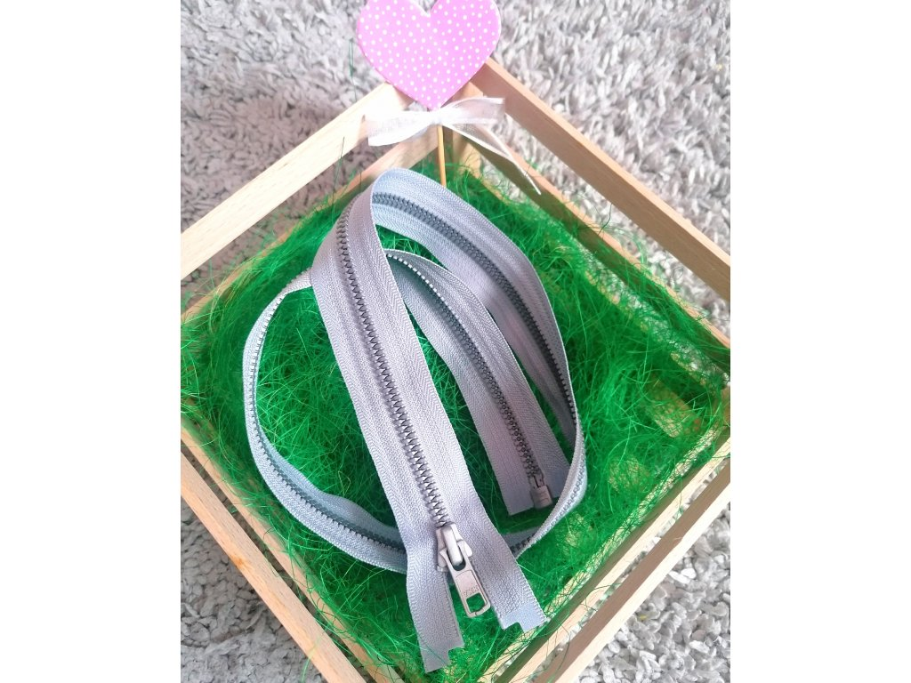 dělitelný kostěný zip YKK METALUXE - 65 cm, světle šedá stuha, stříbrné zuby