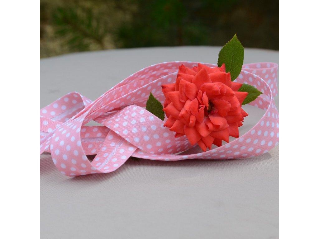 0,5 m šikmý proužek světle růžový s puntíky 18 mm (bavlna/polyester)