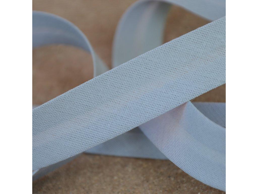 0,5 m šikmý proužek zažehlený čistě šedý 18 mm (bavlna/polyester)
