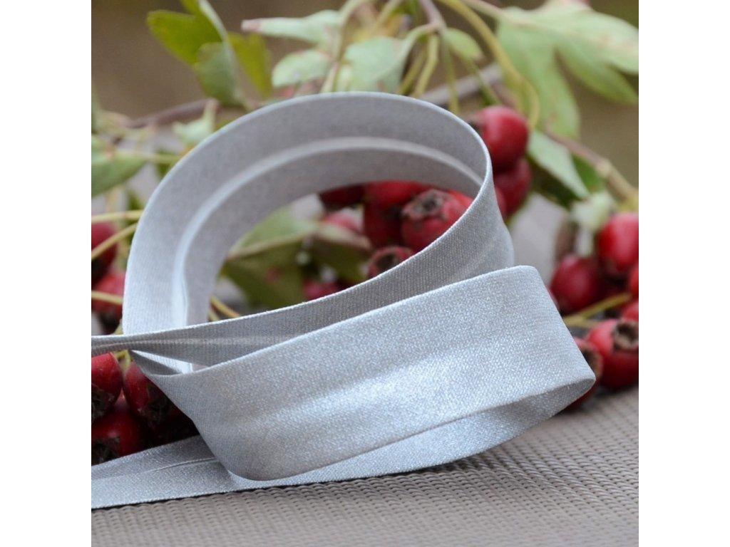0,5 m bavlněný šikmý proužek třpytivě stříbrný 18 mm