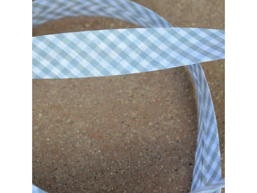 0,5 m šikmý proužek kostičky šedobílé 18 mm (bavlna/polyester)