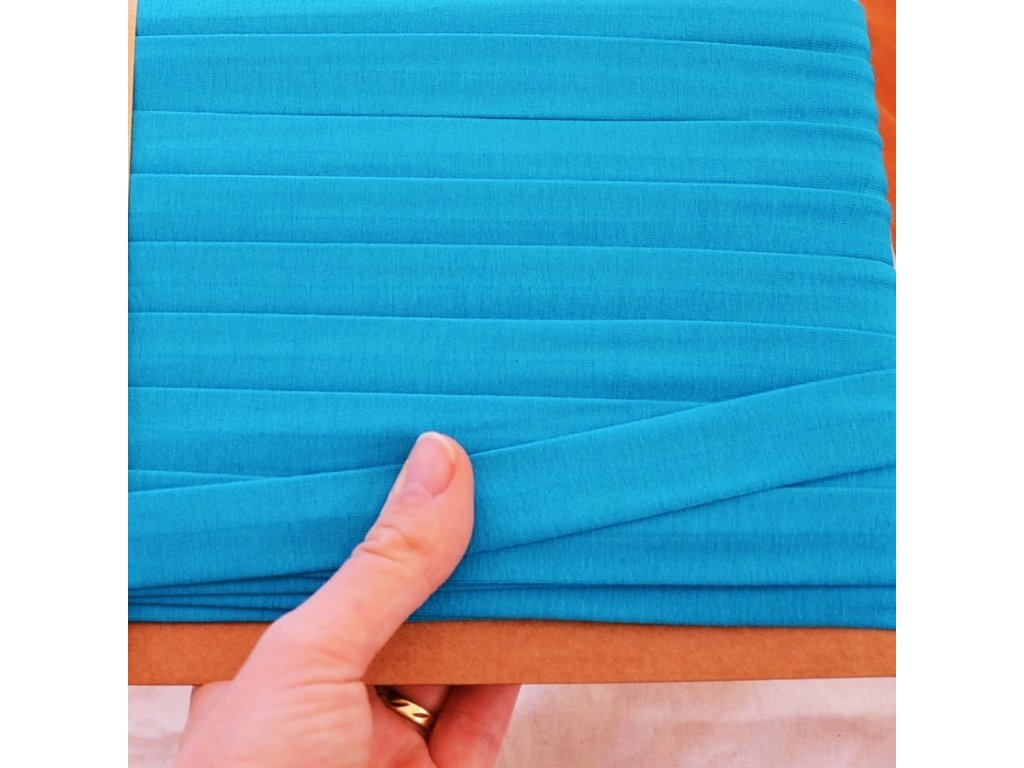 3 m šikmý proužek úplet sytě tyrkysový 20 mm