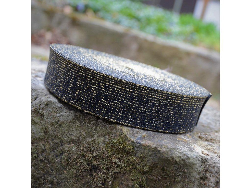 0,5 m guma do pasu černá se zlatými proužky 4 cm