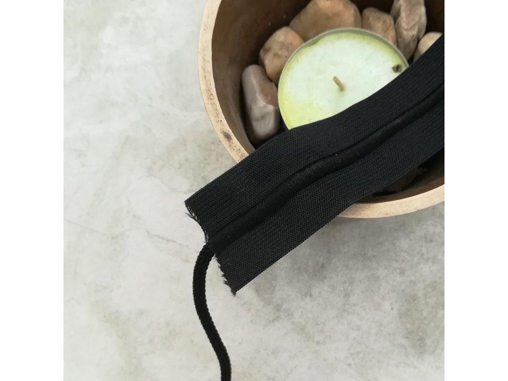 0,5 m galonová pruženka se šňůrkou černá 3 cm