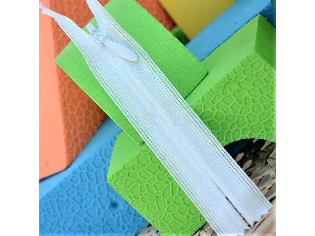 skrytý spirálový zip YKK - 10 cm bílý