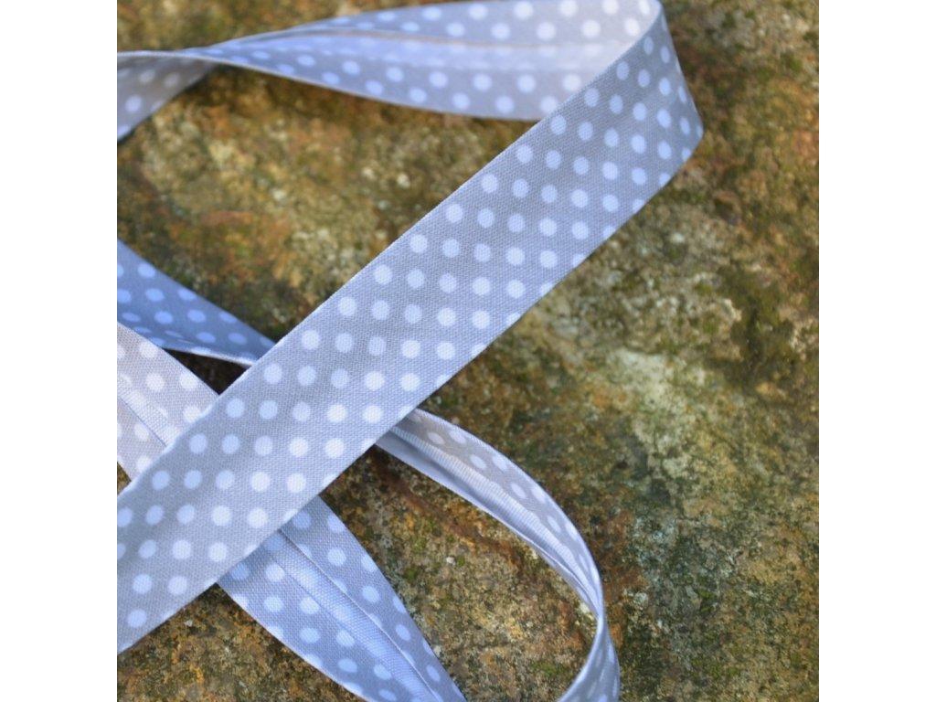 0,5 m šikmý proužek šedý s puntíky 18 mm (bavlna/polyester)