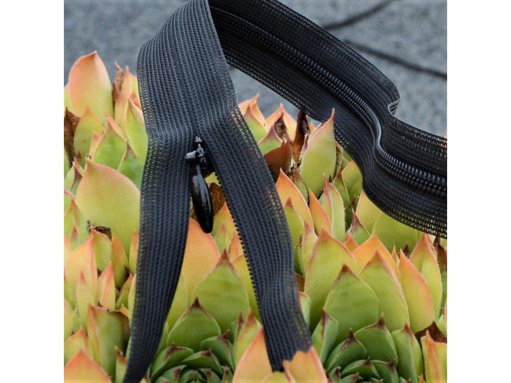 skrytý spirálový zip YKK - 10 cm černý