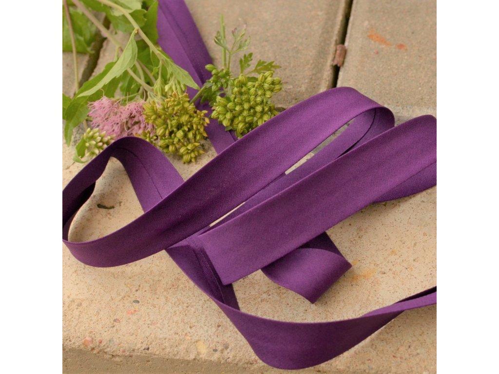 0,5 m šikmý proužek tmavě fialový plátno s elastanem 18mm