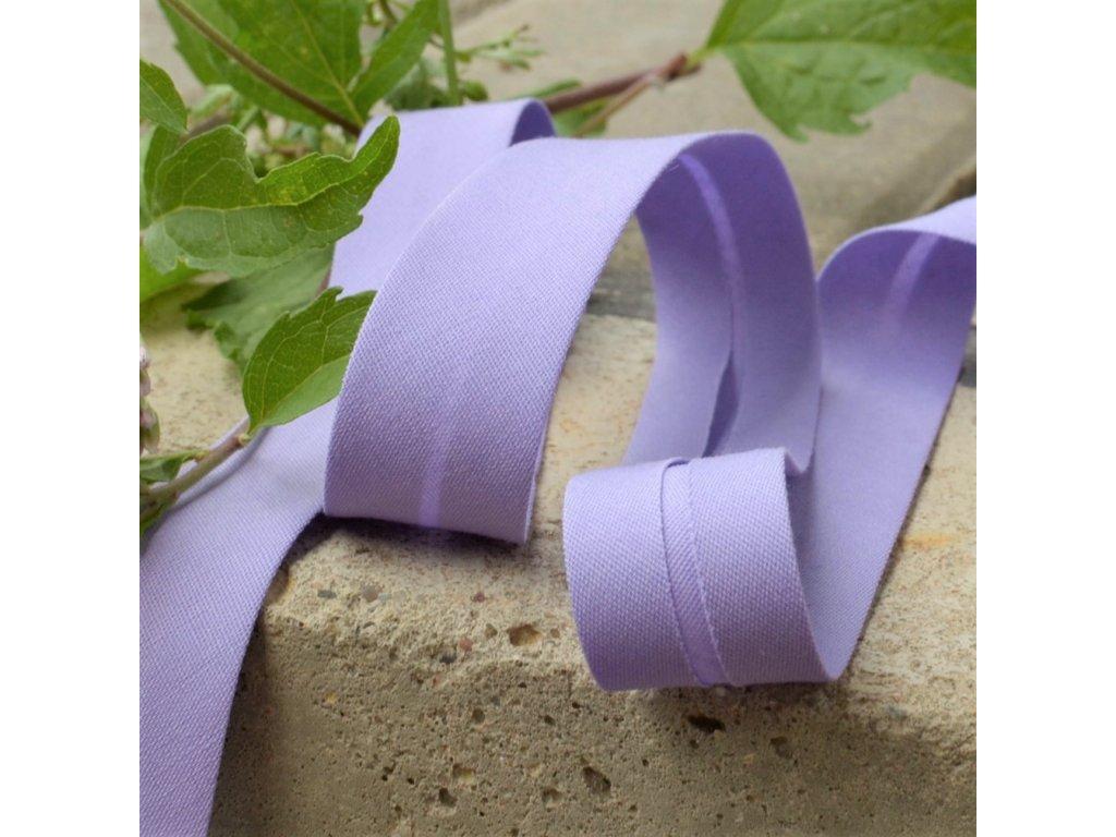 0,5 m šikmý proužek fialový plátno s elastanem 18 mm (3% elastan/bavlna)