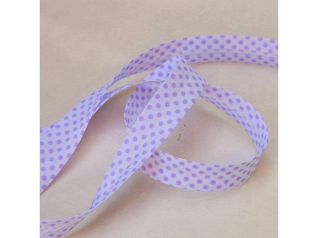 0,5 m šikmý proužek fialové puntíky na bílé 18 mm (bavlna/polyester)