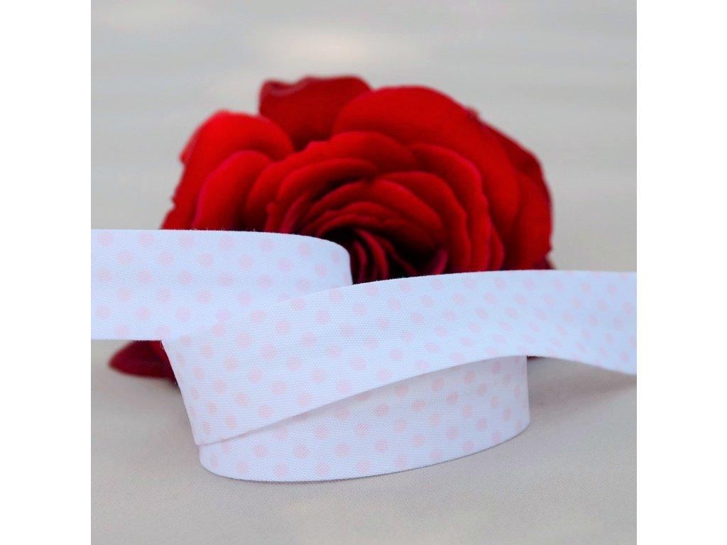 0,5 m šikmý proužek světle růžové puntíky na bílé 18 mm (bavlna/polyester)