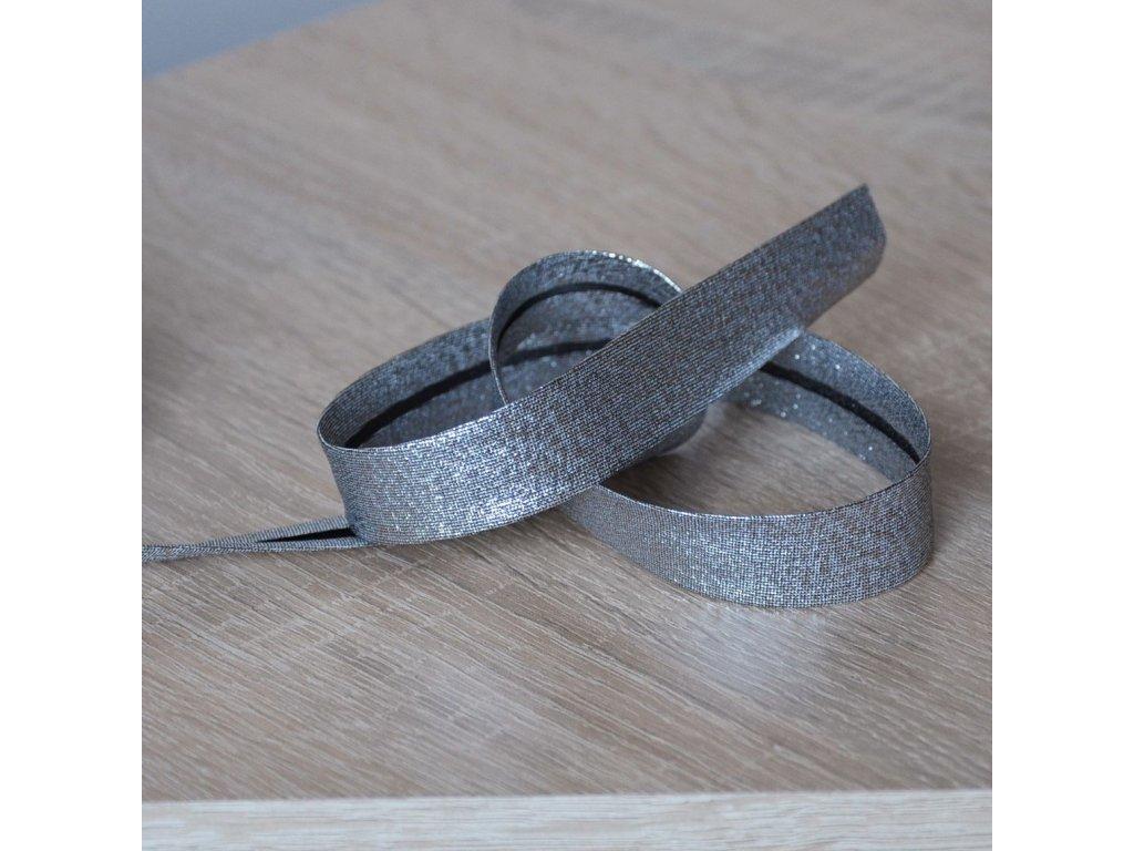 0,5 m šikmý proužek metalický tmavě stříbrný 18 mm (polyester/lamé)