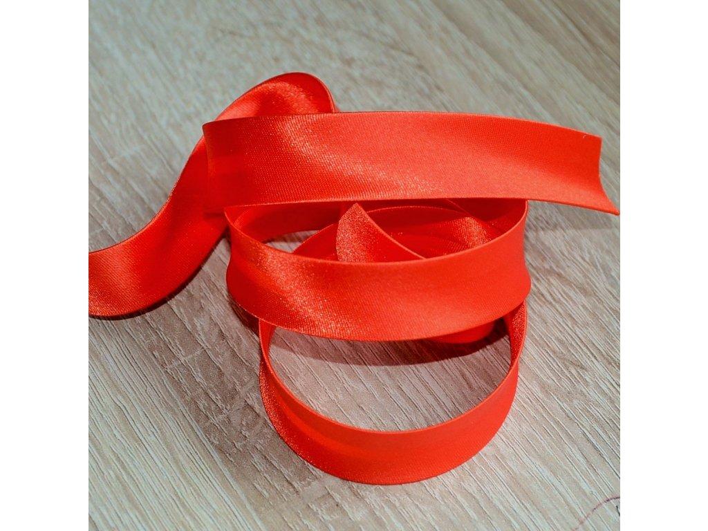 0,5 m šikmý proužek zažehlený saténový oranžový 18 mm