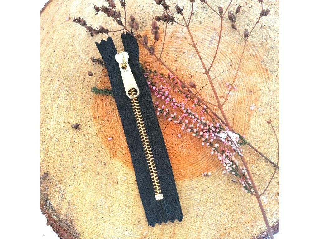 nedělitelný kovový zip YKK - 12 cm, černý