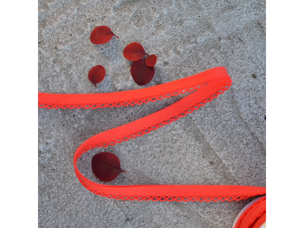 0,5 m paspule červenooranžová s dekorem 12 mm (polyester/bavlna)