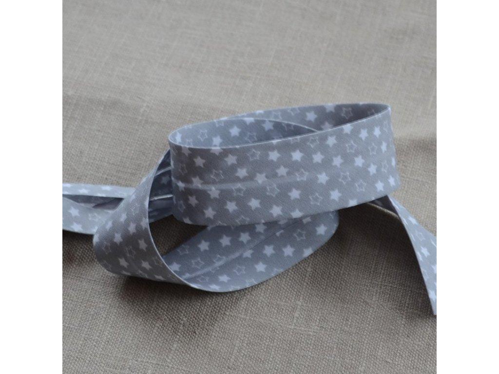 0,5 m šikmý proužek hvězdičky na šedé 18 mm (polyester/bavlna)
