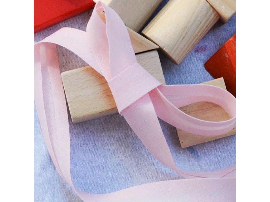 0,5 m šikmý proužek jemně růžový 18 mm (bavlna/polyester)