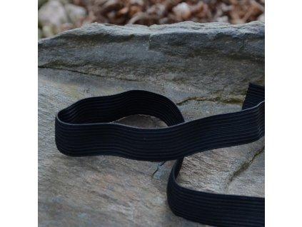 0,5 m pruženka do pasu prádlová klasická černá 16 mm