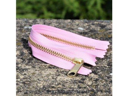 nedělitelný kovový zip YKK - 20 cm, světle růžový