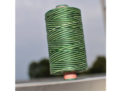 niť návin 1000 m duhová odstíny zelené - sabaC multicolor Amann