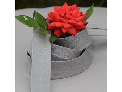 0,5 m šikmý proužek zažehlený šedý s hnědým nádechem 18 mm (bavlna/polyester)