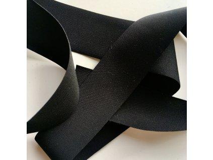 0,5 m tkaná pruženka jemná černá 30 mm