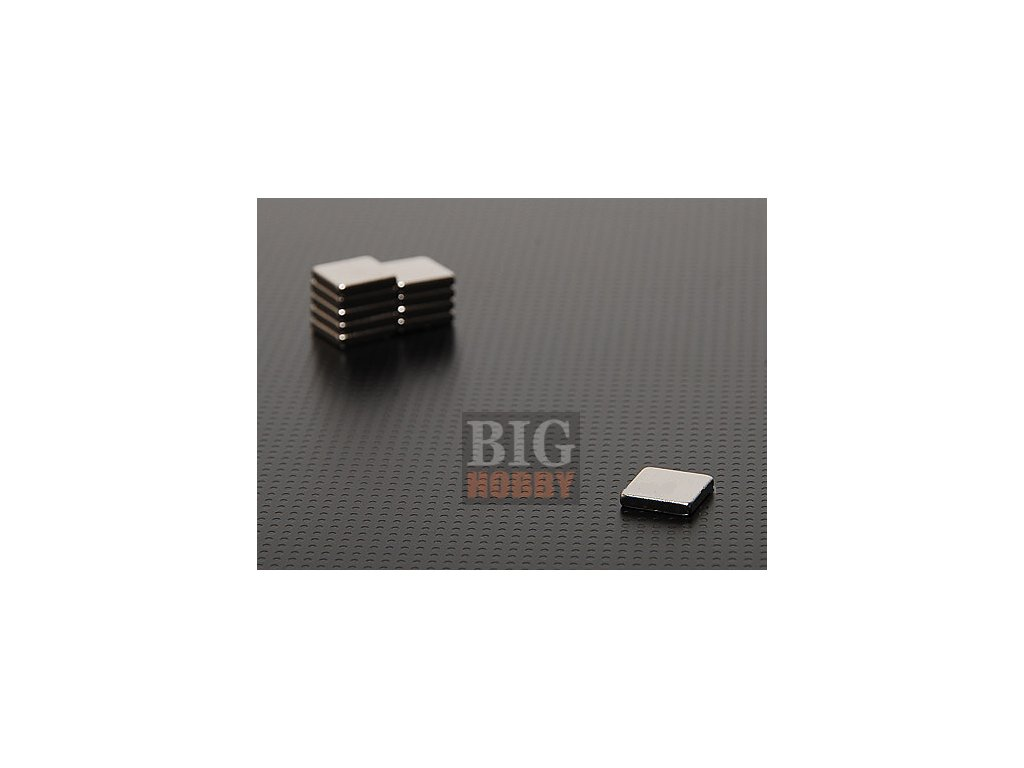 Extra silný 20x20x3mm neodymový magnet obdelníkový