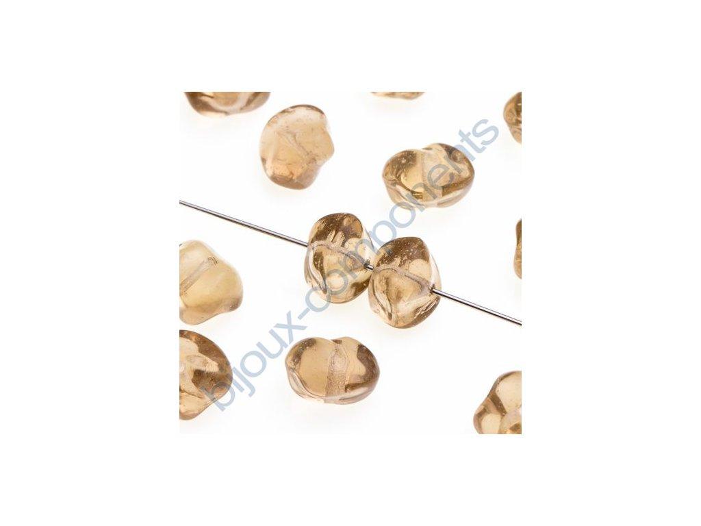 Skleněné mačkané korálky - sv.kouřový topaz, cca 9,9x9,5x7mm