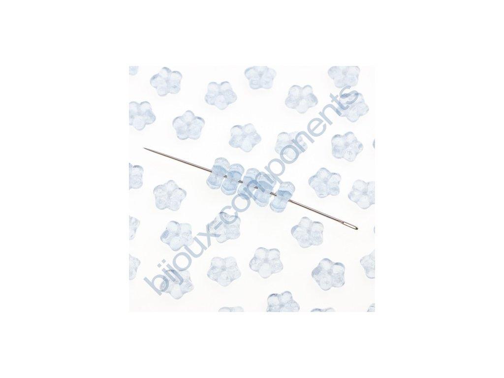 Skleněné mačkané korálky - modré - kytička, cca 7,3x3,4mm