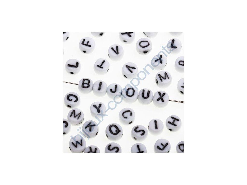Skleněné korálky s písmenky, bílé korálky / černá písmenka