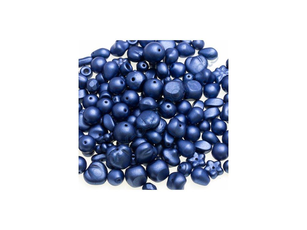 Skleněné mačkané korálky - modré/barvené, mix tvarů a velikostí