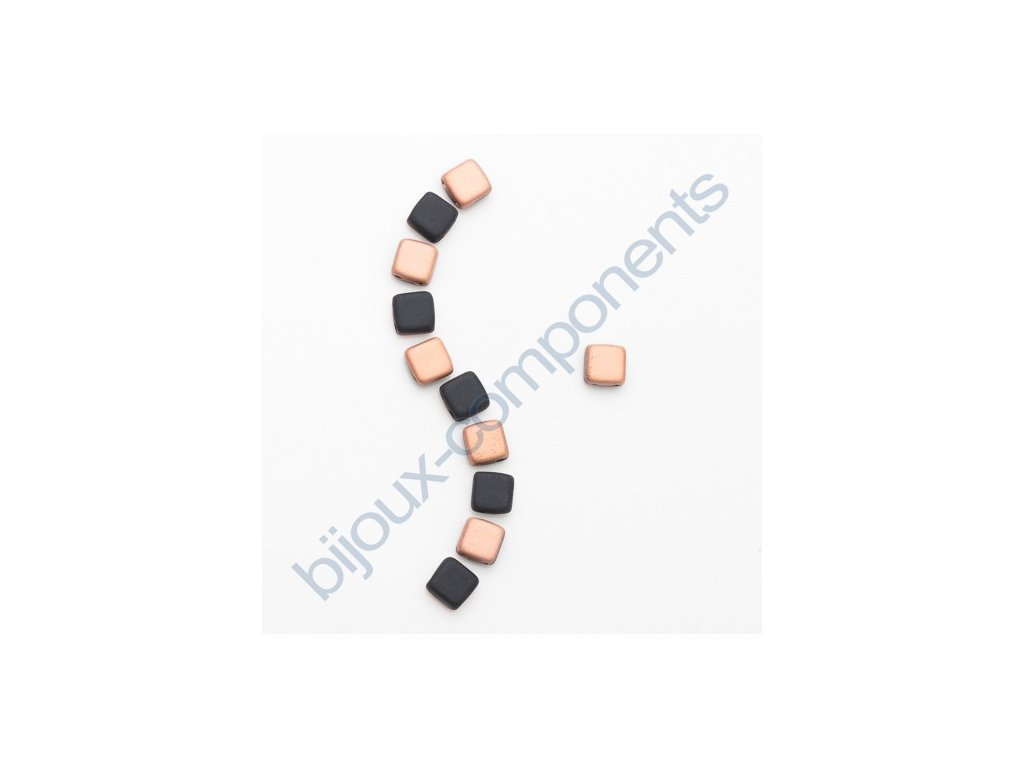 Skleněné korálky mačkané - dvoudírkové čtverečky styl Tile, černé mat/měděný pokov