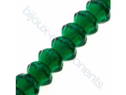 Navlečené skleněné korálky - mačkané - čočka, tmavě zelená